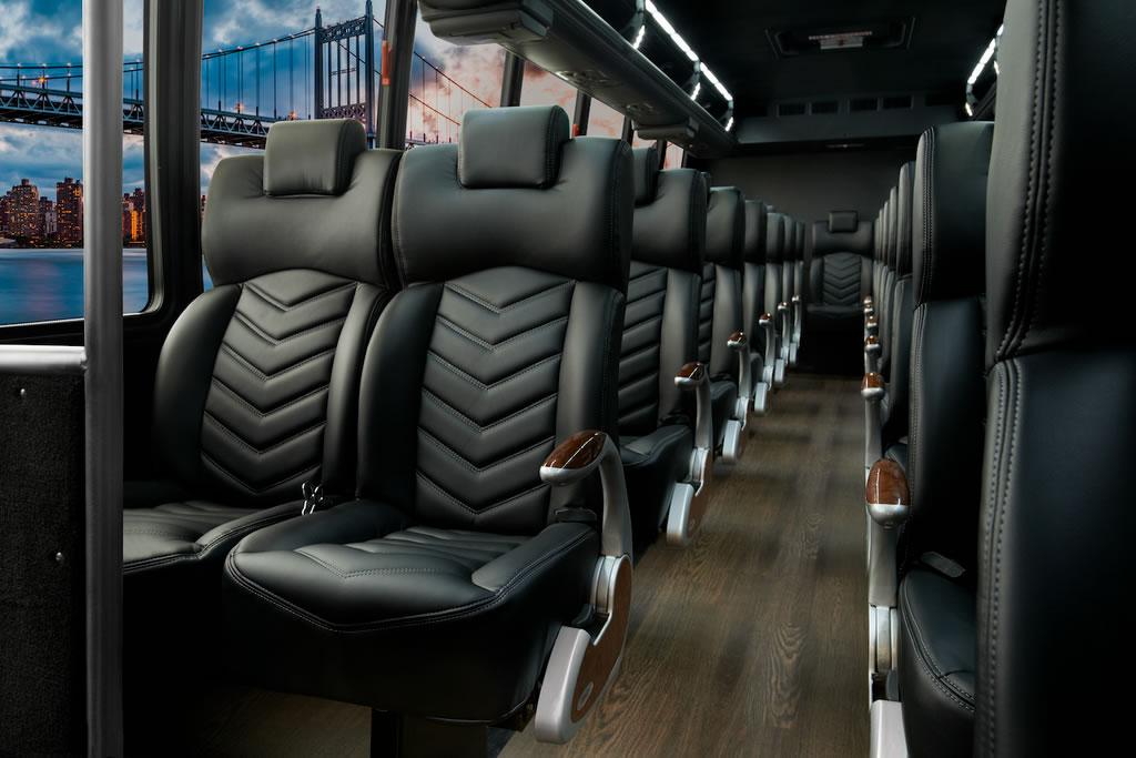 Mini Bus – 39 Passenger