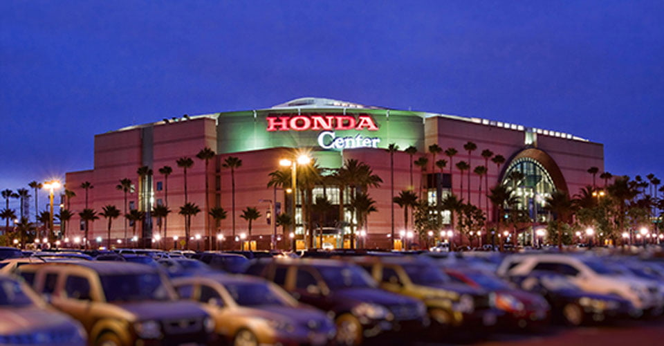 Ais Limo Service Slide Honda Center