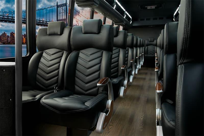 Mini Bus 39 1